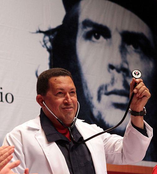 Chavez no dia do Medico Integral Comunitario